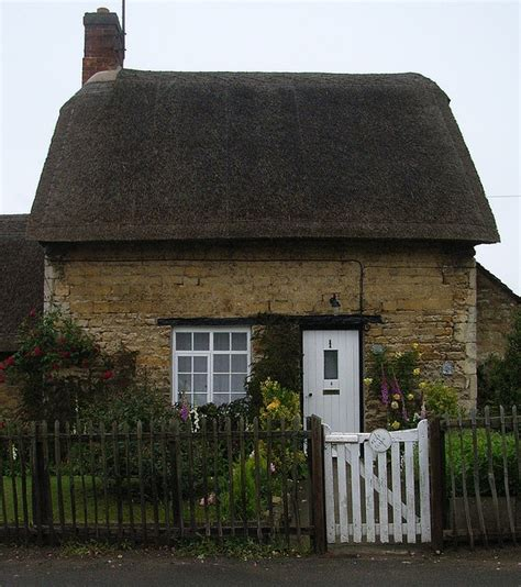 Cottage Roof Thatched Roof Cottage My Style
