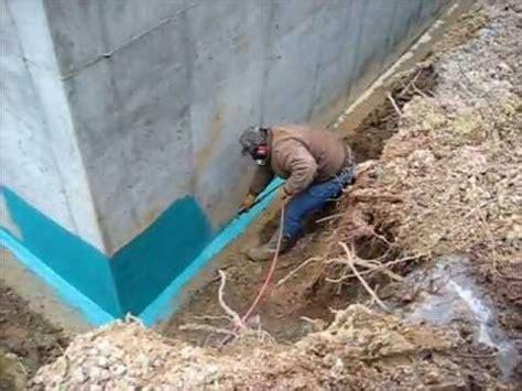 rub r wall spray on foundation waterproofing application