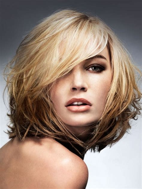 cuts to make hair look thick 12 leading hairstyles for thin hair to make it look