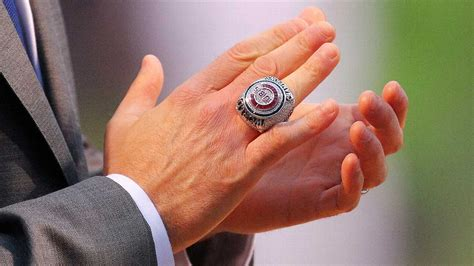 cubs rings chicago cubs ask non players to sign agreement