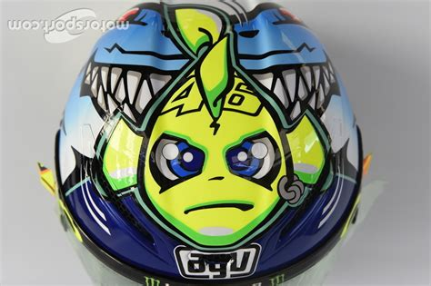 design helmet rossi misano 2015 special helmet design for valentino rossi yamaha factory