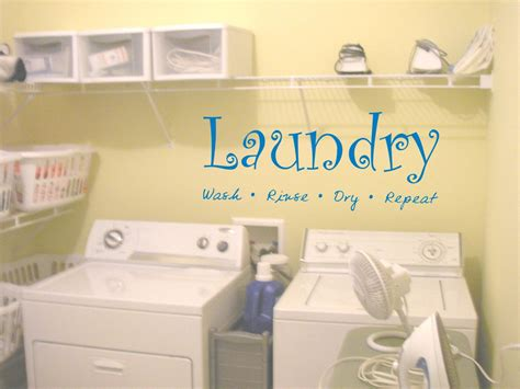Laundry Room Pictures For Walls Rumah Minimalis Decorating Laundry Room Walls