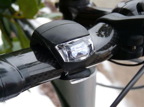 mini review knog beetle bicycle lights bikerumor