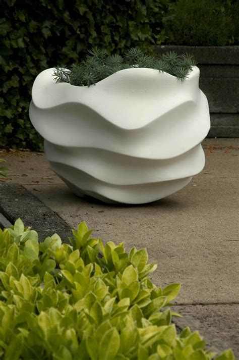Modern Planters Outdoor by Contemporary Planters For Outdoor And Indoor Garden