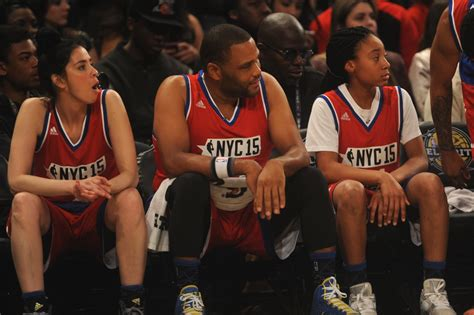 what is the celebrity game mo ne davis in nba all star celebrity game nba all star