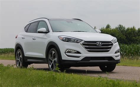 jeep hyundai comparison hyundai tucson se 2016 vs jeep compass