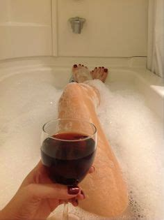 sexy bathtubs 1000 images about luxurious bubble baths on pinterest bubble baths bath and bubbles