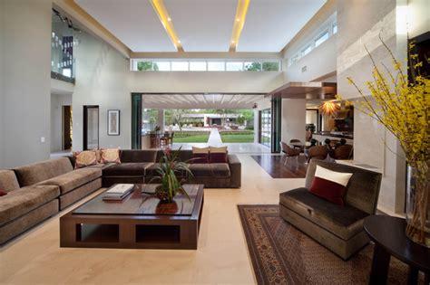 miwa modern living room orlando  phil kean