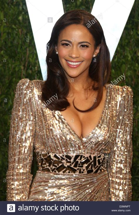 actress vanity actress paula patton arrives at the vanity fair oscar