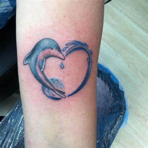 82 best dolphin tattoos images on pinterest tattoo 17 best images about tatoo maybes on tribal
