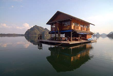 living on a boat thailand lake safari thailand looks scrumptiously relaxing