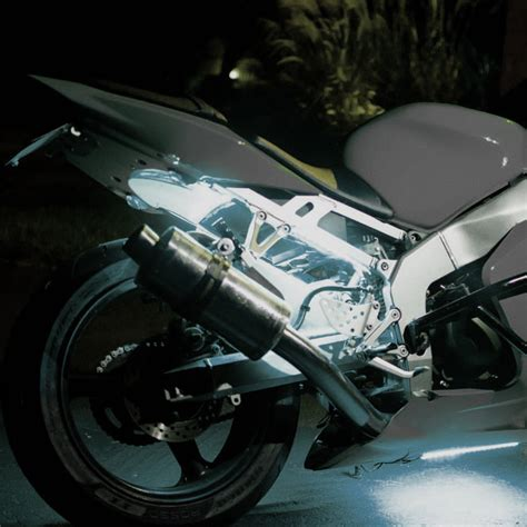 underglow lights for motorcycles 10 things you should know about motorcycle led underglow