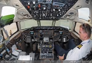 allegiant air mcdonnell douglas md 83 n894ga cockpit