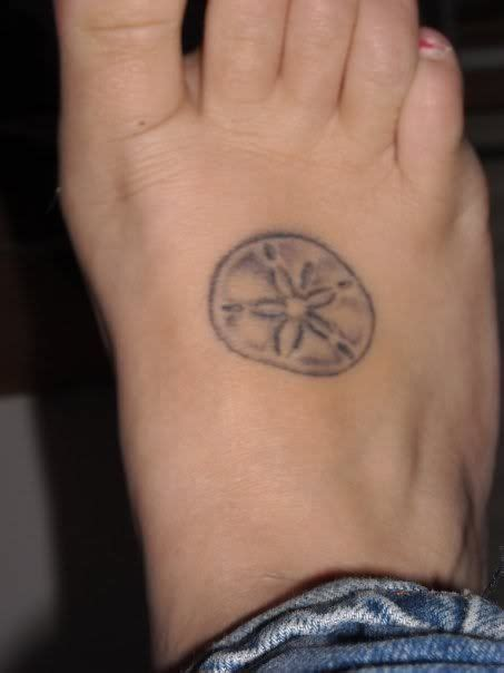 sand dollar tattoos designs 17 best ideas about sand dollar on