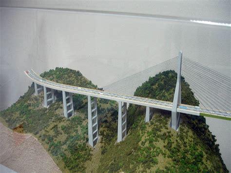 Kabel Lu Taman proses pembuatan jembatan tertinggi di dunia gan pic