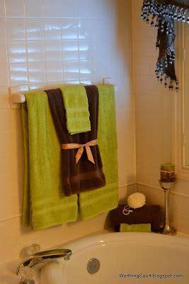 bathroom towel display ideas decor 19 ways to display towels decorating pinterest