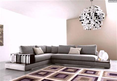 beistelltisch sofa awesome design sofa plat arketipo mit integriertem