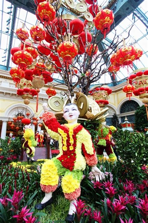 new year 2016 las vegas bellagio bellagio conservatory woos asian customers