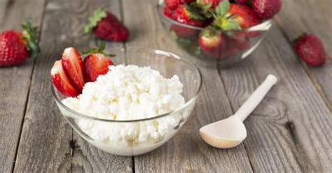 Can Eat Cottage Cheese by Is Cottage Cheese Healthy To Eat Livestrong