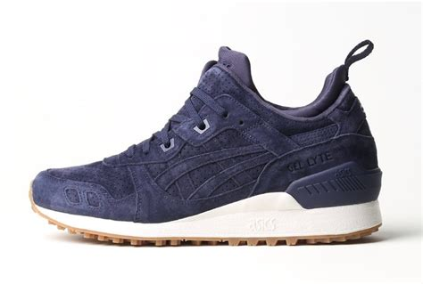 Sepatu Sneakers Asics Gell Lyte Iii Mt Navy Sol Gum For asics gel lyte iii mt aluminum peacoat sneaker bar detroit
