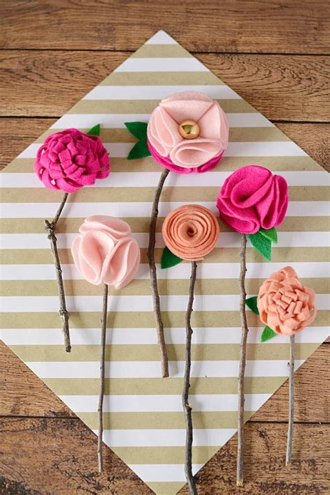 crafts to sew diy no sew felt flowers with twigs moment