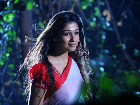 nayanthara sari new hd photo free download heroines images nayanthara hd wallpapers