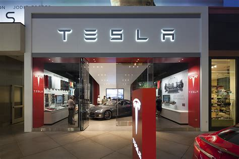 Tesla Showroom Tesla Showroom By Mbh Architects Los Angeles California