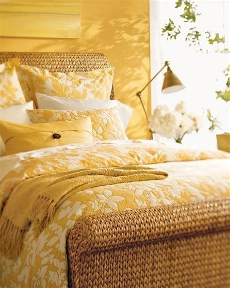 mustard yellow bedding color mostaza mustard yellow bedding small bedroom