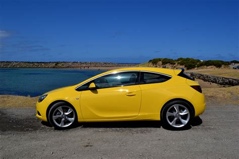 opel gtc opel astra review 2013 astra gtc sport