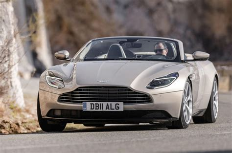 www volante it aston martin db11 volante 2018 review review autocar