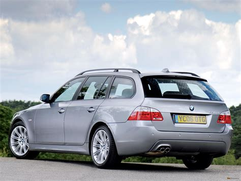 bmw 530d wallpaper 1280x960 3937 bmw 530d touring m sports package uk spec e61 2005 wallpapers 2048x1536