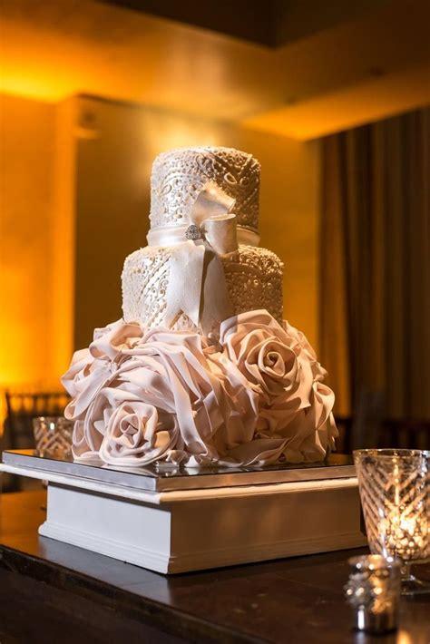 Cake Designers by C M Contemporary Master Cake Designers Wedding Cake
