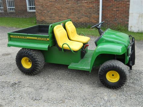 Bed Bug Images Pictures Deere Gator 2x4 W Kawasaki Engine Farm Utility Vehicle