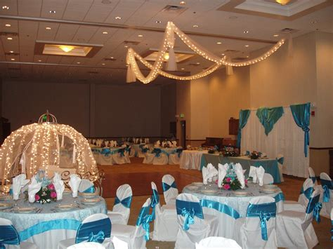 cinderella themed quinceanera decorations this was a quinceanera that i did cinderella was the