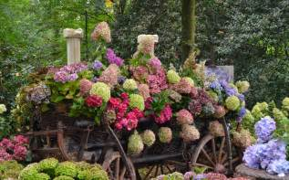 Pictures Of Gardens And Flowers 16 Flower Gardens That Will Warm Your Heart