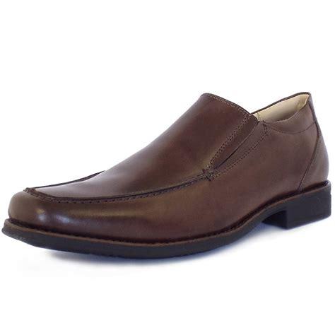 mens brown slip on boots anatomic co tapera s smart slip on snoes in brown