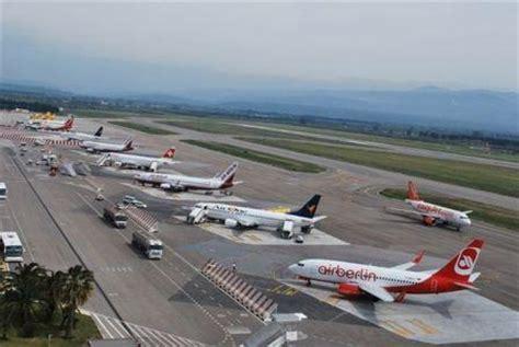 alitalia ufficio gruppi tutti gli aeroporti calabresi inseriti nel piano nazionale