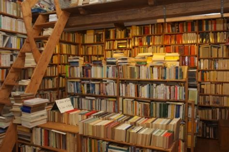 librerie storiche la crisi delle librerie storiche un patrimonio in via di