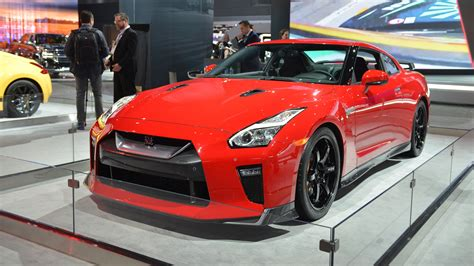 nissan gt r track edition nissan gt r track edition appears barriers in new york