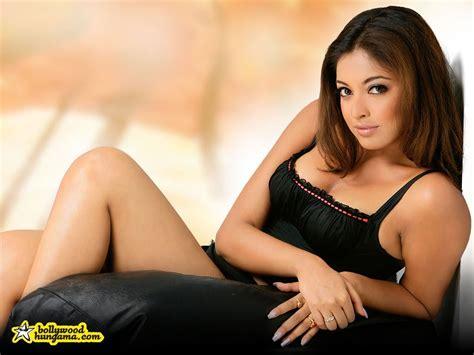 tanushree dutta hot boobs show youtube mallu hot serial actress photos tanushree dutta hot boobs