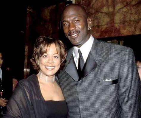 michael jordan ex wife juanita juanita jordan says michael jordan didn t tell her he was