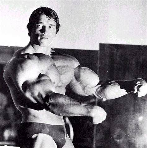 arnold schwarzenegger reprises his iconic in most iconic bodybuilding poses of all time generation iron