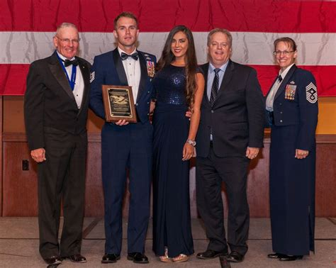 air force awards banquet de 26 b 228 sta ncoa annual convention bilderna p 229 pinterest