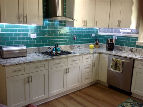 emerald green glass subway tile kitchen backsplash