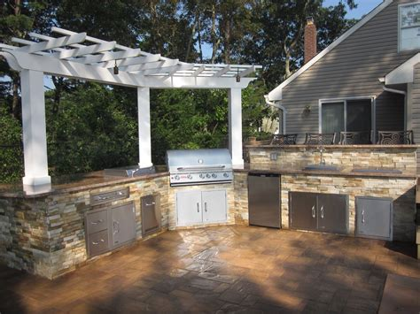 outdoor kitchens and bars outdoor kitchens bars outdoor kitchens island