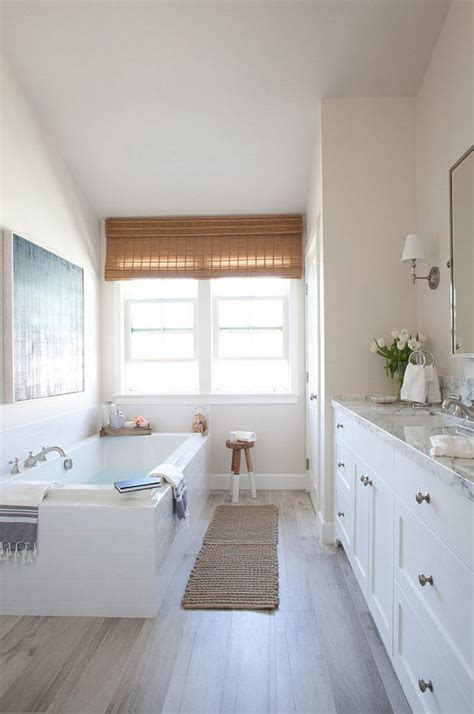 Modern Farmhouse Bathroom by 17 Best Ideas About Modern Farmhouse Bathroom On