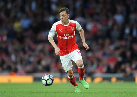 arsenal  takeaways  mesut ozil contract compromise