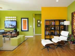 wohnideen wohnzimmer farbe wohnzimmer wohnideen mit deko in kr 228 ftigen farben