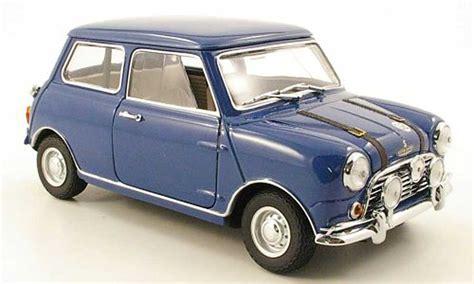 Diecast Miniatur Mobil Morris Mini Cooper 1275s Mk 1 Mokit Green mini cooper s mk1 s blau kyosho modellauto 1 18