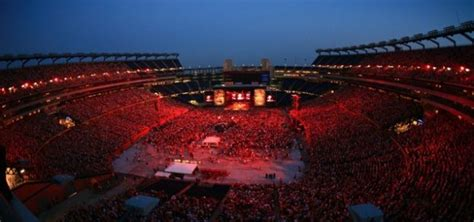 country music concerts new england 2013 gillette stadium teases 2017 concert announcement new